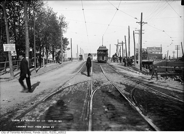 queen street east from river 1911