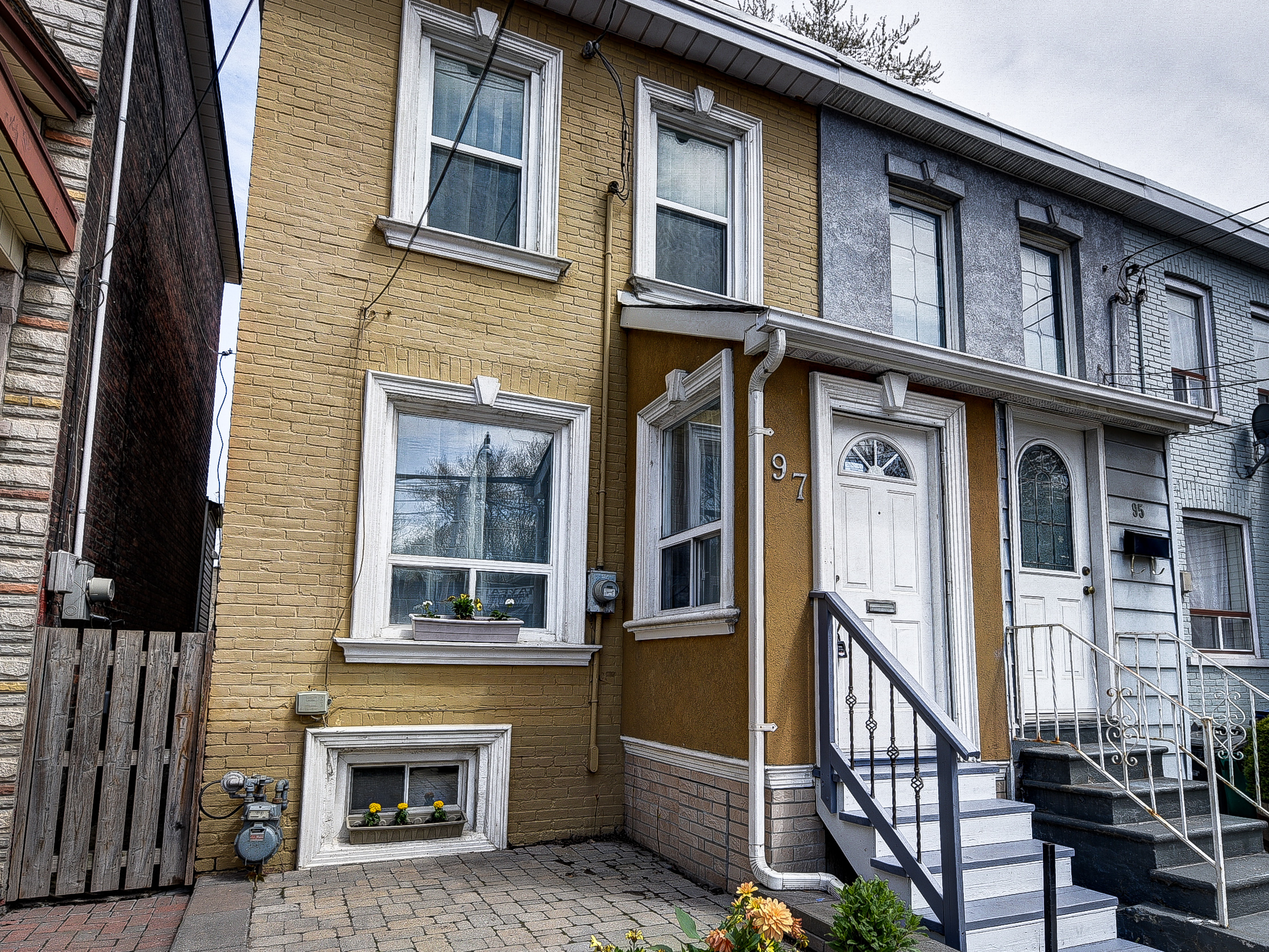 Leslieville Real Estate: 97 Carlaw Avenue