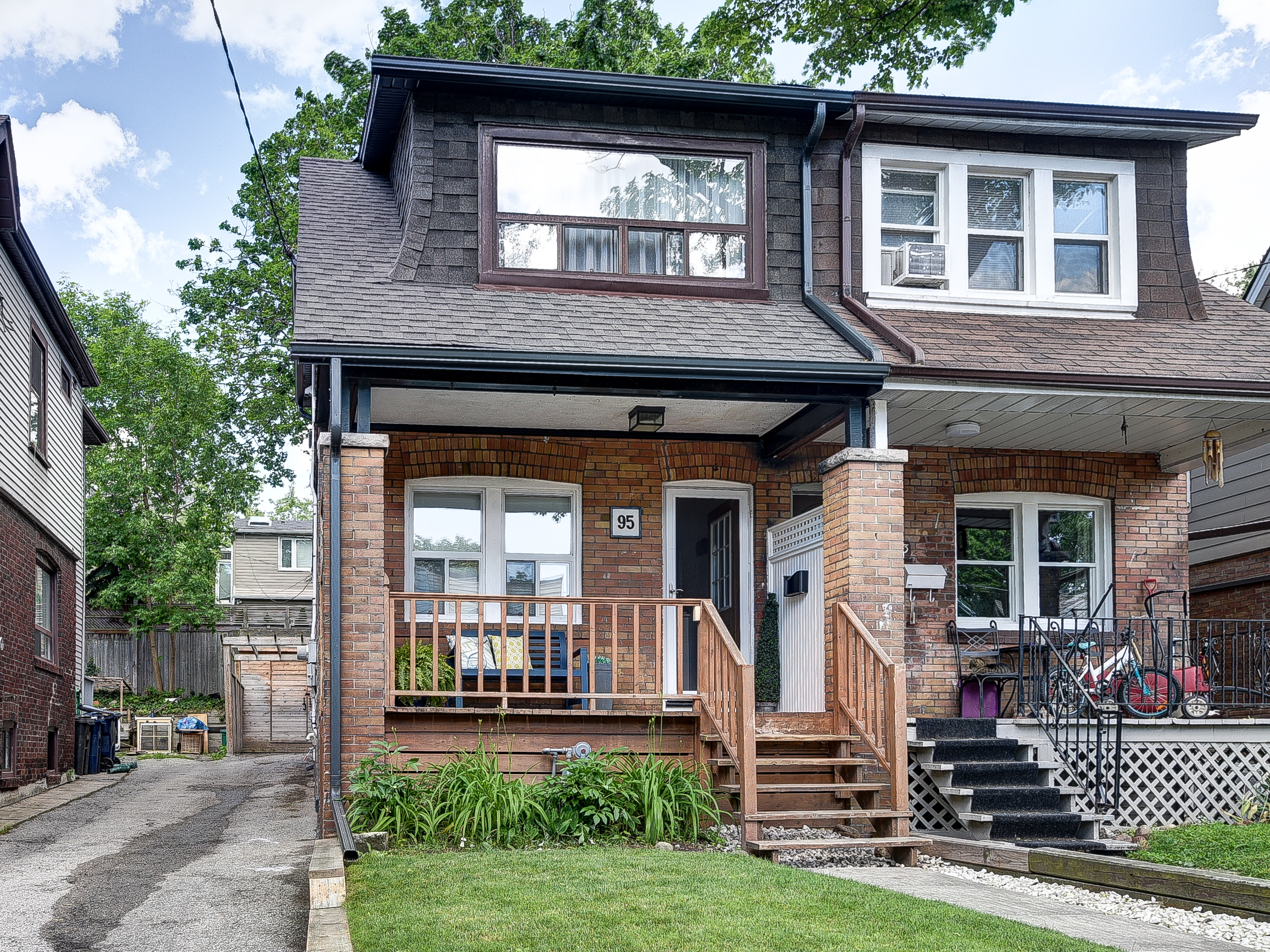 Leslieville Real Estate: 95 Hiltz Avenue