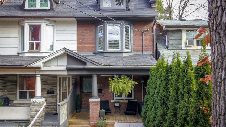 Leslieville Real Estate: 249 Ashdale Avenue