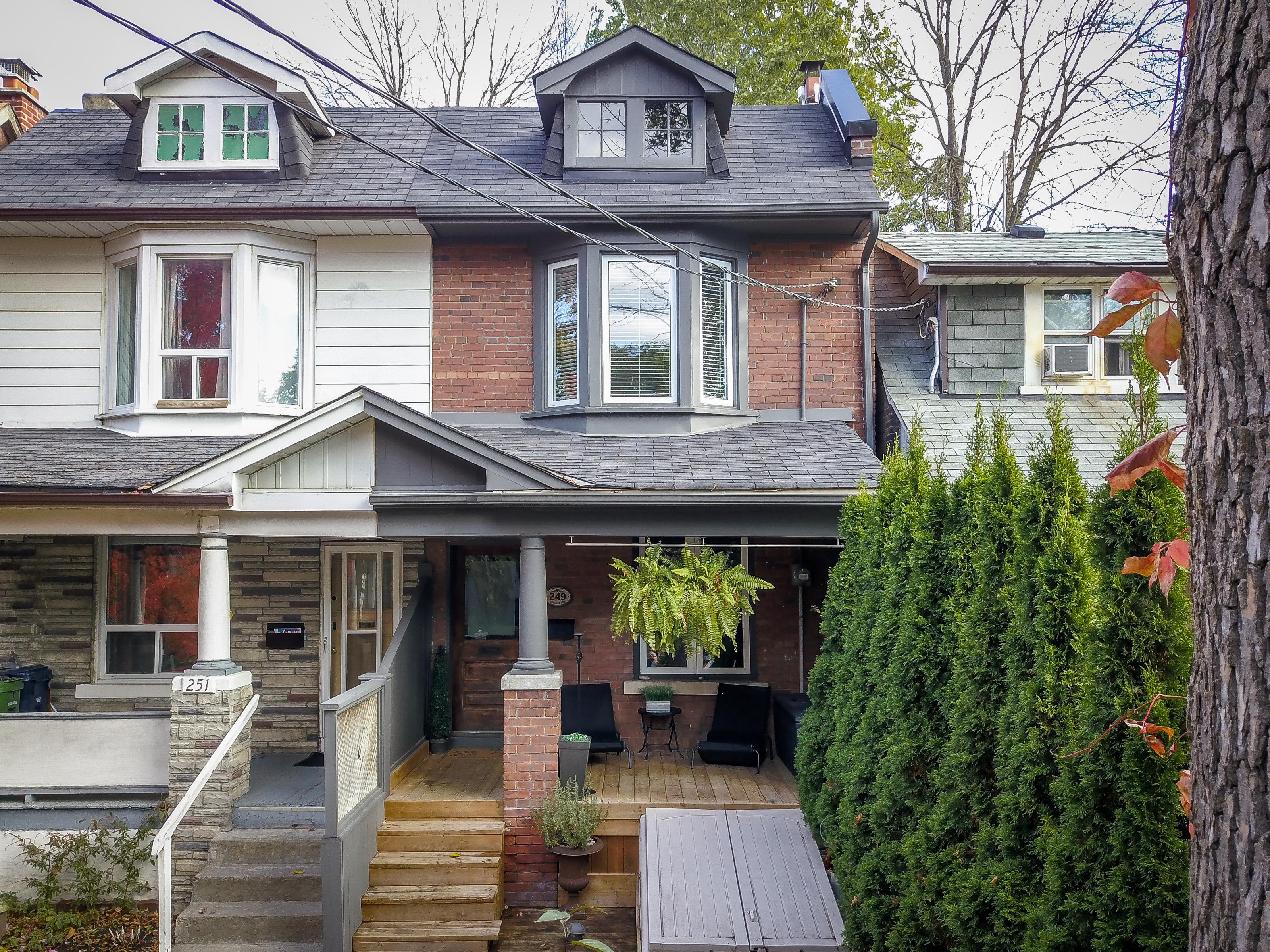 Leslieville Real Estate: 249 Ashdale Avenue